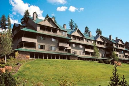 Idaho-Harrison, ID Arrow Point Resort 2 Bdrm Condo - ハリソン - 別荘