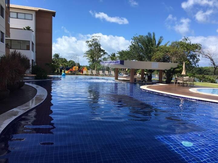 Alugo excelente apartamento mobiliado Guarajuba-BA