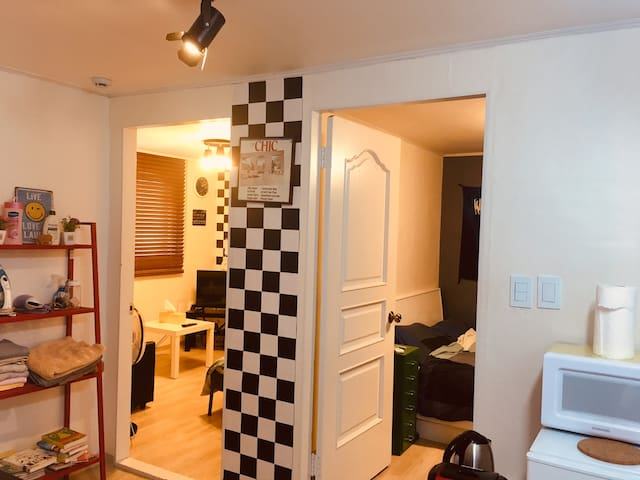 Knight house[3min. from itaewon station]