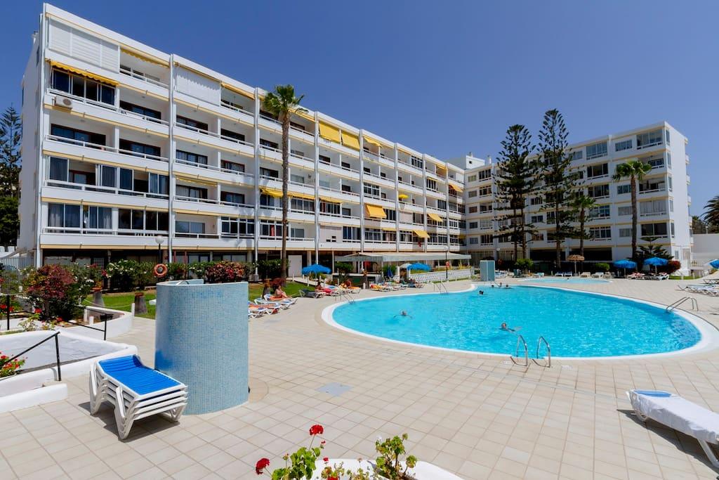 Playa del ingles modern apartament apartments for rent for Gran canaria padel indoor