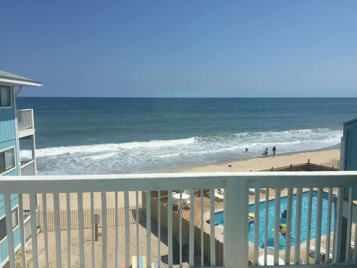 Oceanfront Third Floor Condo with Pool