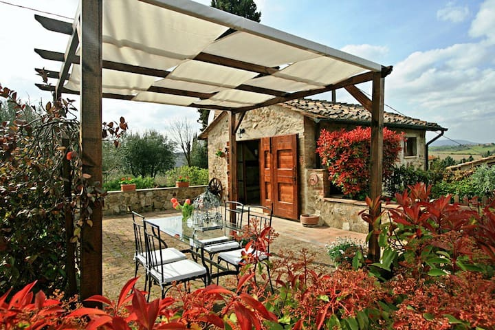 Cozy cottage with stunning view in Tuscany - Colle di Val d'Elsa - Dom