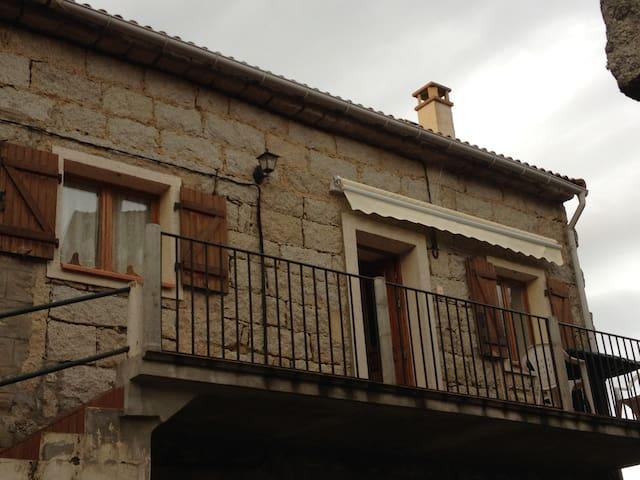 Maison de village en pierre de taille - Sainte-Lucie-de-Tallano - Talo