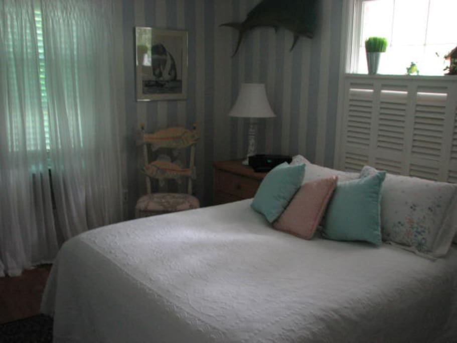 First floor Queen bedroom with private bath