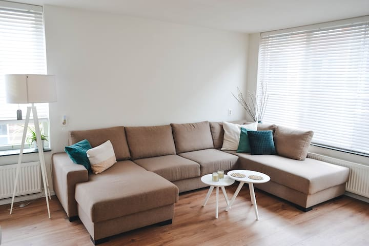 Cute apartment- 5min to citycenter. Free parking