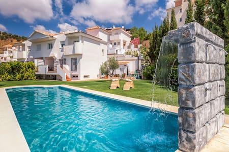 Villa Hoyo 8 Sun&Golf - Rincón de la Victoria