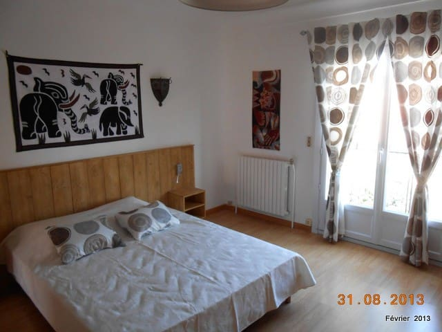 PRIVATE B&B at five mn PERPIGNAN - Bompas - Bed & Breakfast