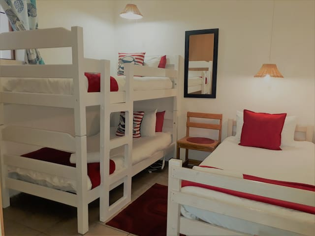 Oom Piet Accommodation - Unit 5