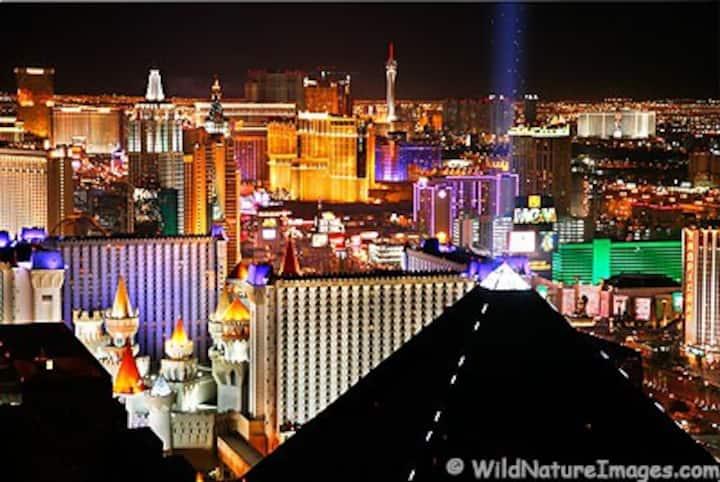 2 Bedroom Las Vegas Strip Condo -- PT