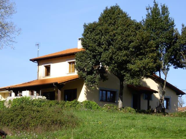 Casa rural en Villahormes Asturias