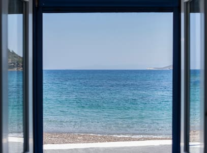 Jason's Place Chios | Seaside Bungalow Nagos beach