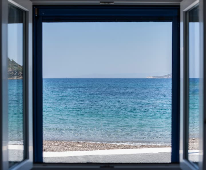 Jason's Place Chios | Seaside Bungalow Nagos beach