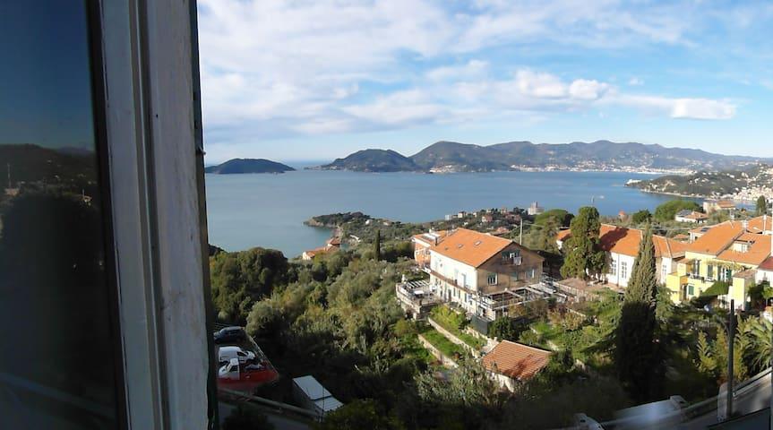 accogliente bilocale vista mare - Lerici - Lejlighed