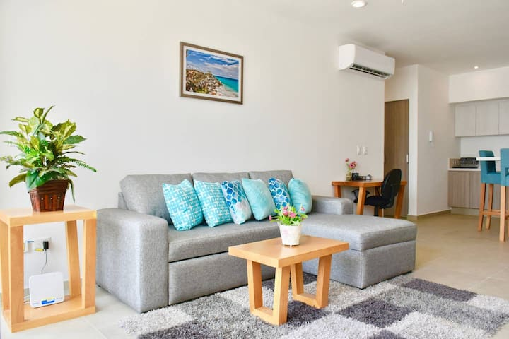 """""""Jessica's place was perfect so we landed up extending more days in her place. It is new, modern and very efficient..."""" Namrata, Dec 2019"""