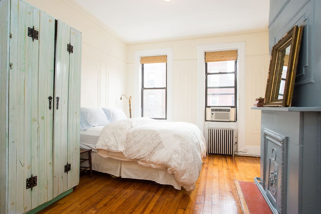 Large one bedroom in heart of north williamsburg apartments for rent in brooklyn new york for One bedroom for rent in brooklyn