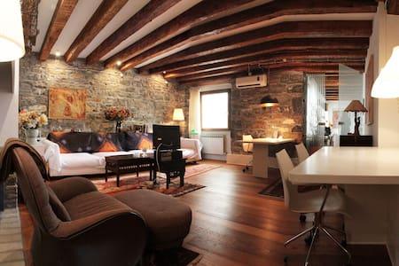Raffinato appartamento in centro, wifi
