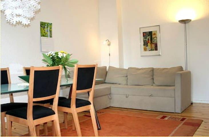 Apartment: Grazer Gärten in Berlin