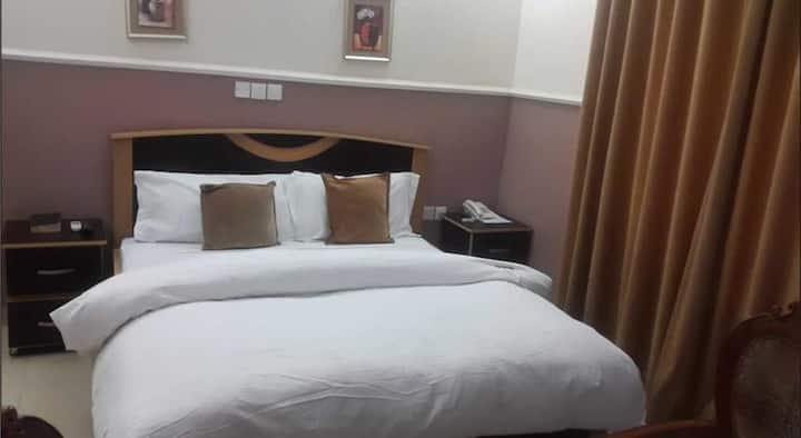 Falak Grand Hotel - Deluxe Room