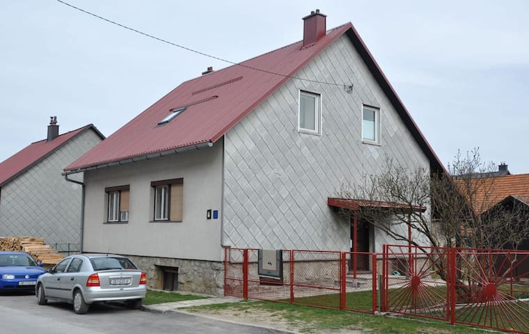 "Apartment ""Jelena"" in Delnice - Delnice - Rumah"