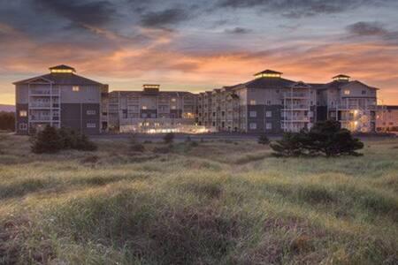 Washington-Long Beach Resort Studio Condo - Long Beach - Condominium