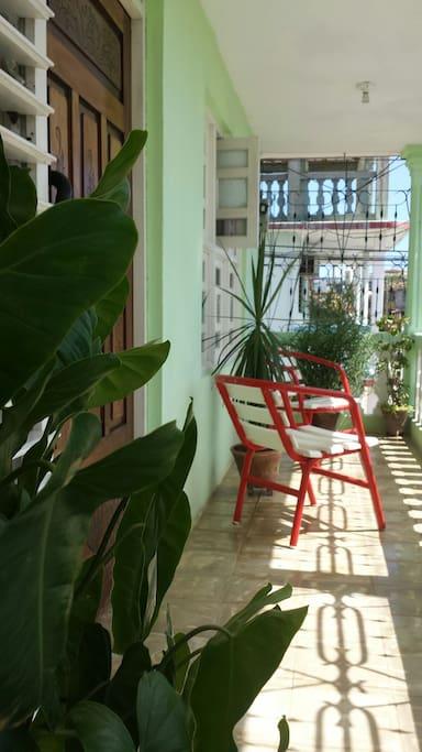 portal / balcón