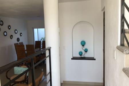 CASA SILVIA - San Juan de Abajo - Apartment