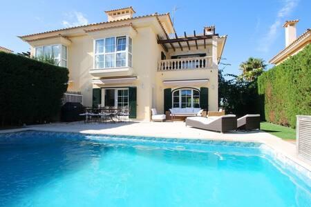 Fantastic house with heated pool! - Llucmajor