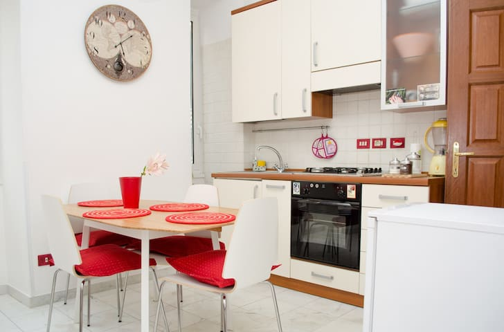 Almost Friend - Apartment in Rome - Roma - Leilighet