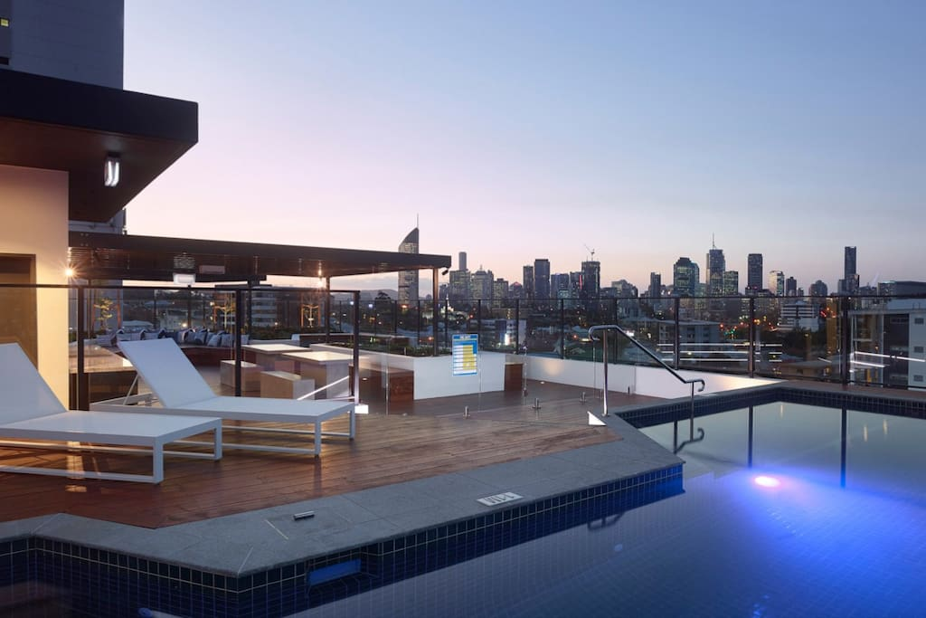 Level 9 pool rooftop with city views