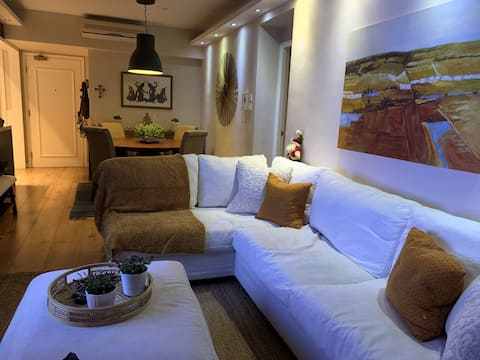 Bright, modern renovated Staycation in DB