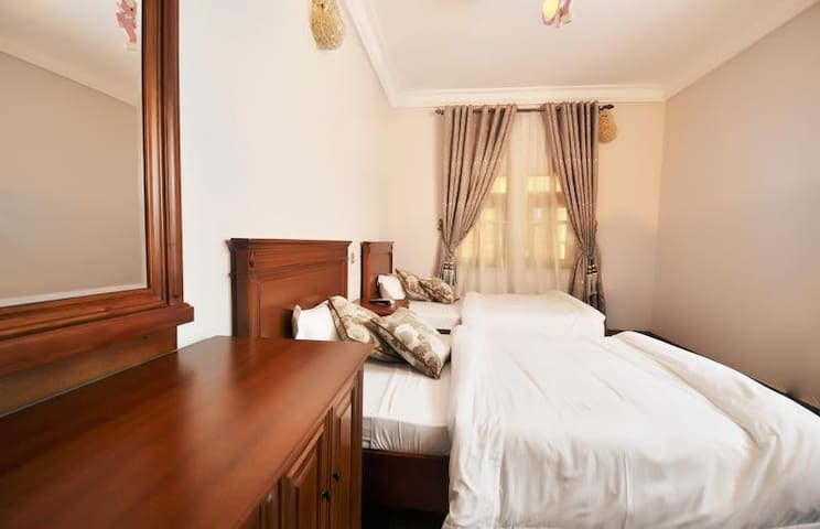 Tokke Hotel and Apartment-Twin Classic Room