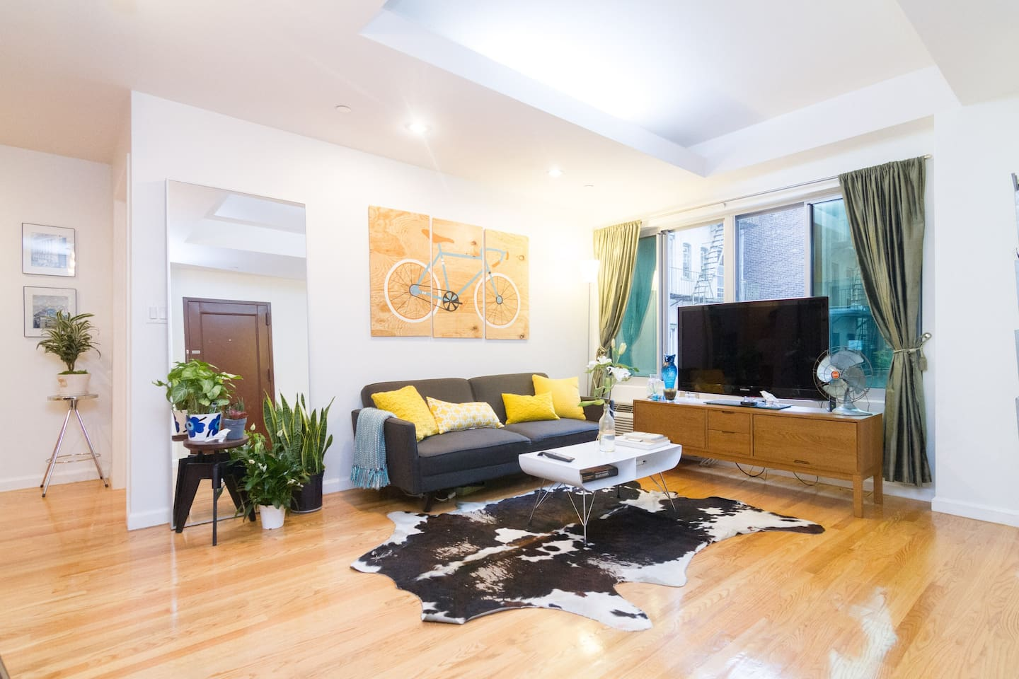 Designer Space For Families: 2 Bed | 2 Bath