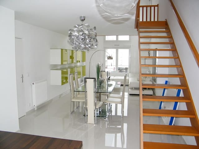 Chambre double dans bel appartement neuf - Stains - อพาร์ทเมนท์