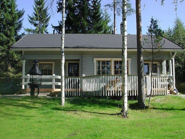 Holiday houses by lake near Jyvaskyla, 2BR+loft