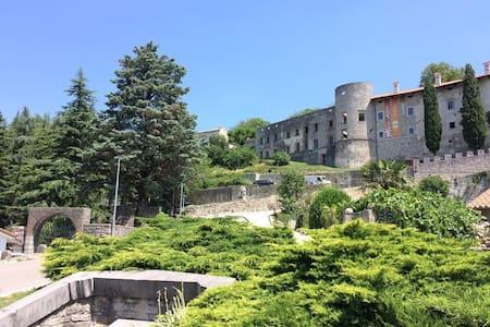 Karst House Andreja - Štanjel 13