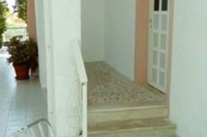 aggelik studio - Agioi Theodoroi - Apartamento
