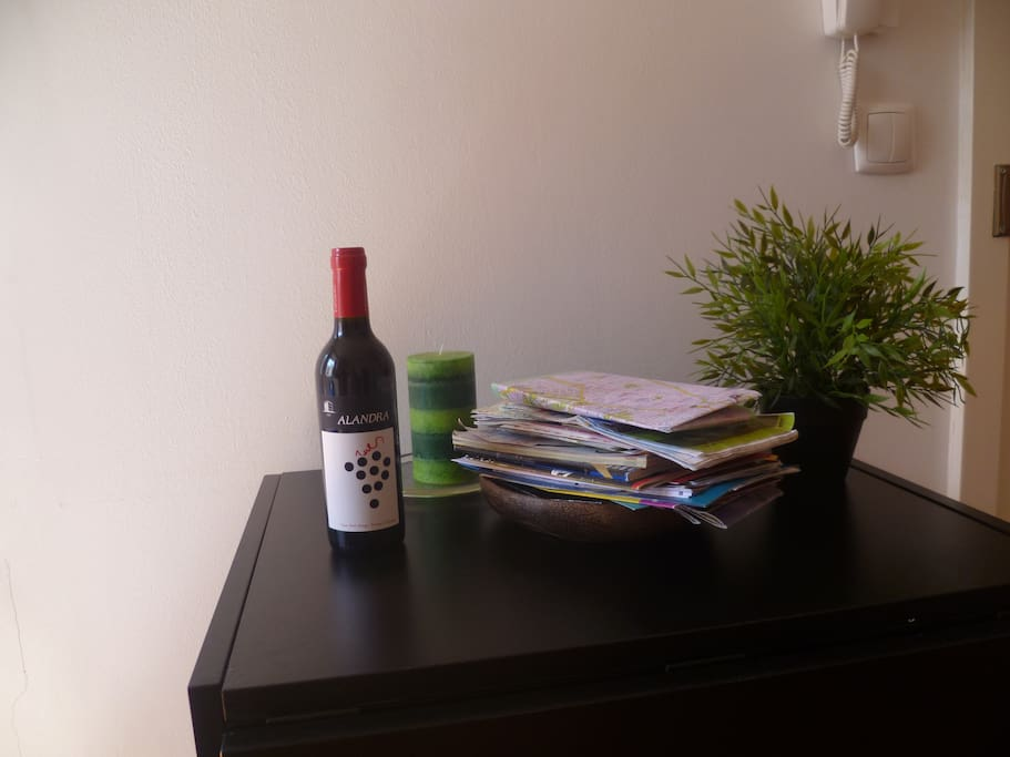 Welcome Gift: Bottle of wine