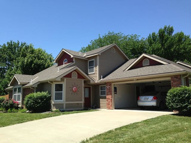 Comfortable Golf Course Home, Easy Access to RCP