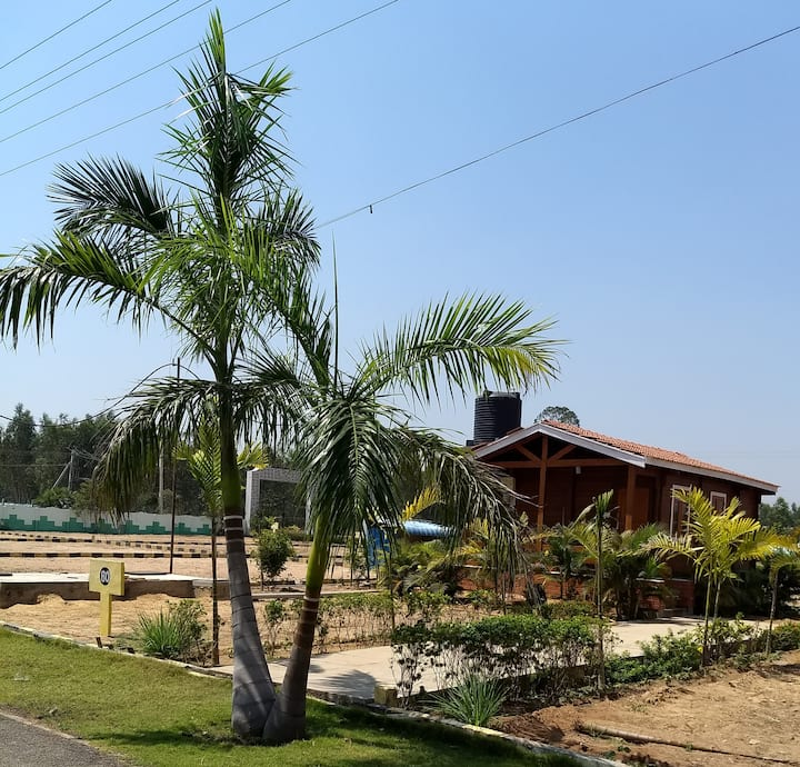 Chic cottage in scenic location near Tada