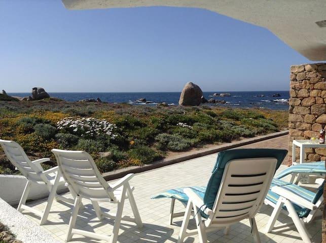 villa in riva al mare a portobello