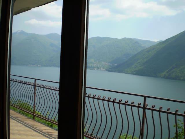 Lugano lake, 6 km Lugano Castagnola - Albogasio-oria - Apartment