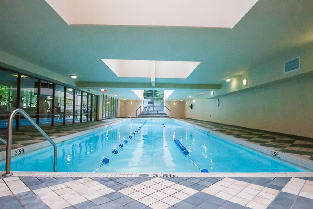 1 Br In Yaletown 24hr Pool Gym Gas Fireplace Apartamentos En Alquiler En Vancouver British