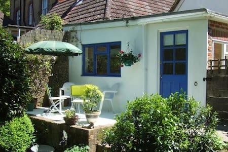 Overglen Court - Garden Suite - Liss - Appartamento