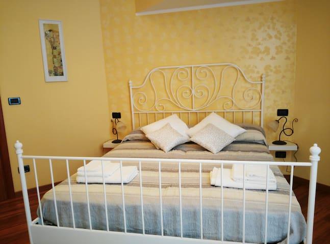Cosy Rooms near Reggio Calabria centre - Reggio Calabria - Haus