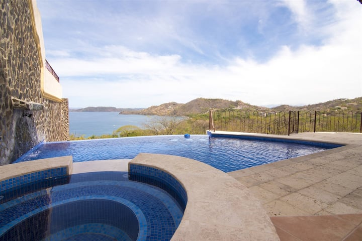 Mariners Point - C1 - Private Pool