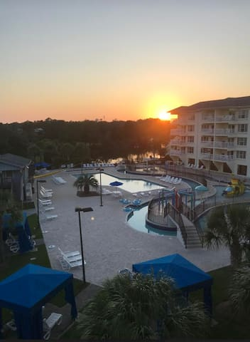 Litchfield Beach Resort R&R Getaway
