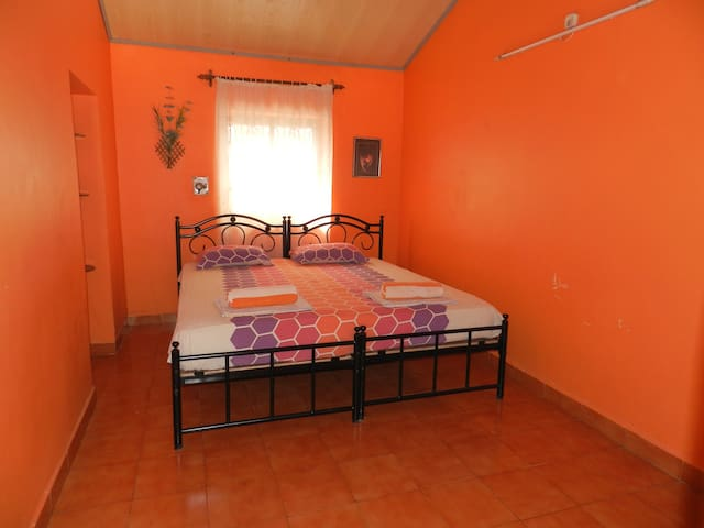 Non A/c.simple  room w/kitchen - Canacona - Hus