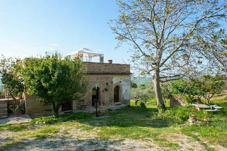 Valle di Gioia, accogliente e confortevole B&B - Wikt i opierunek