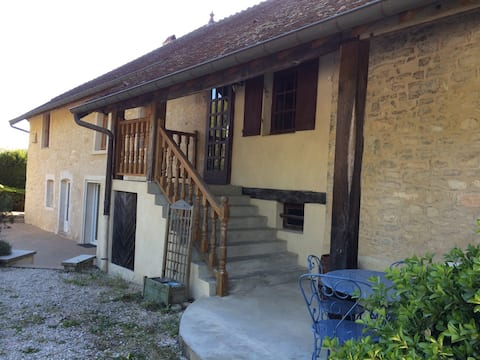 Chambre à louer dans ancien moulin