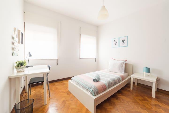 D.Luis room